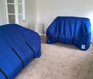 Blue Covers House - Household Removals